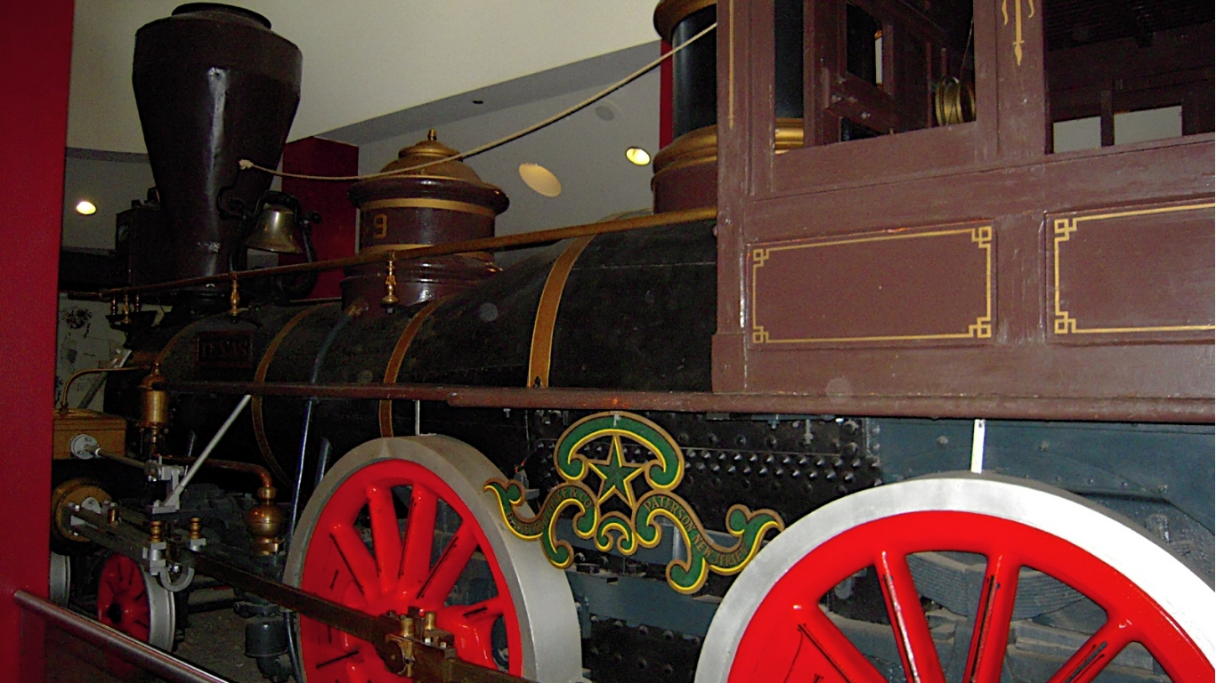 train in museum of civil war and locomotive history